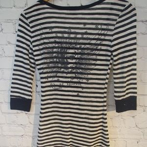 Michelle 3/4 Sleeve Button Down Graphic Henley S
